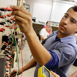 kern_county-vocational-school-scholarships